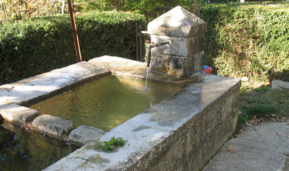Casentino-Valchiusa-La-Fonte-img